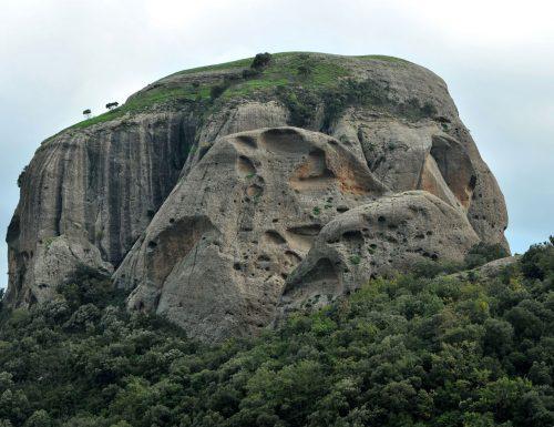 Pietra Cappa: La leggenda del monolite più alto d'Europa