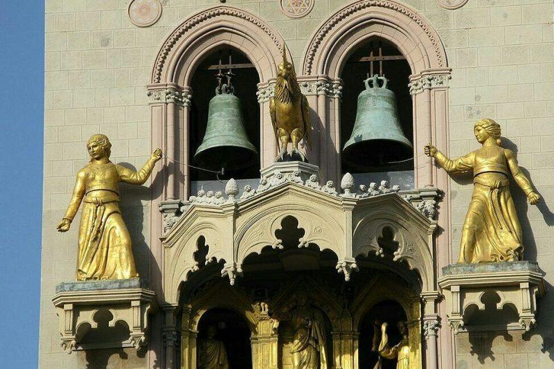 Dina e Clarenza, le eroine leggendarie della città di Messina.