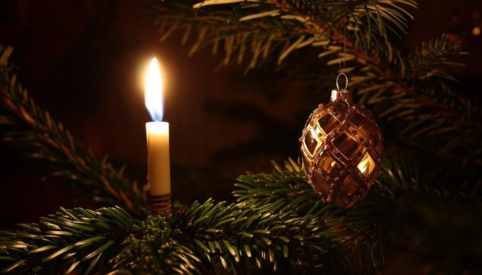Albero Di Natale Yule.Buon Yule A Tutti A Cura Di Raffaella Iannece Bonora