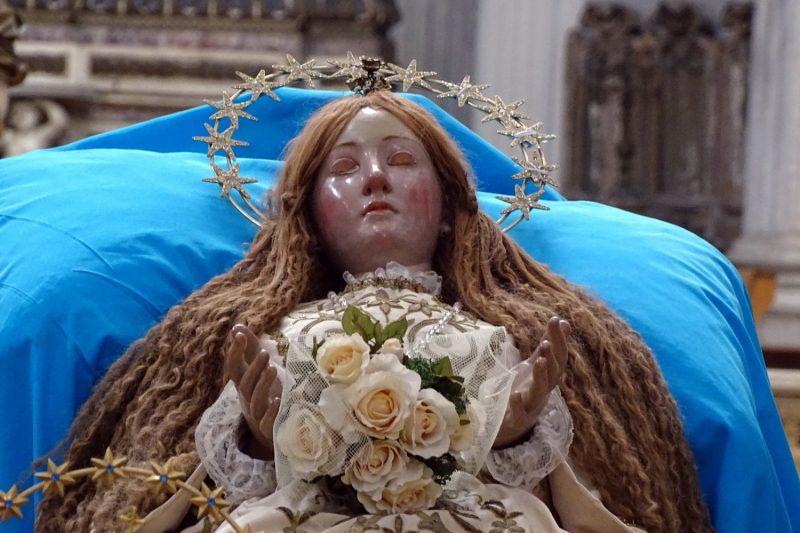 Mamma Chiatta, La Madonna delle scarpette, i bambini e il Roccocò
