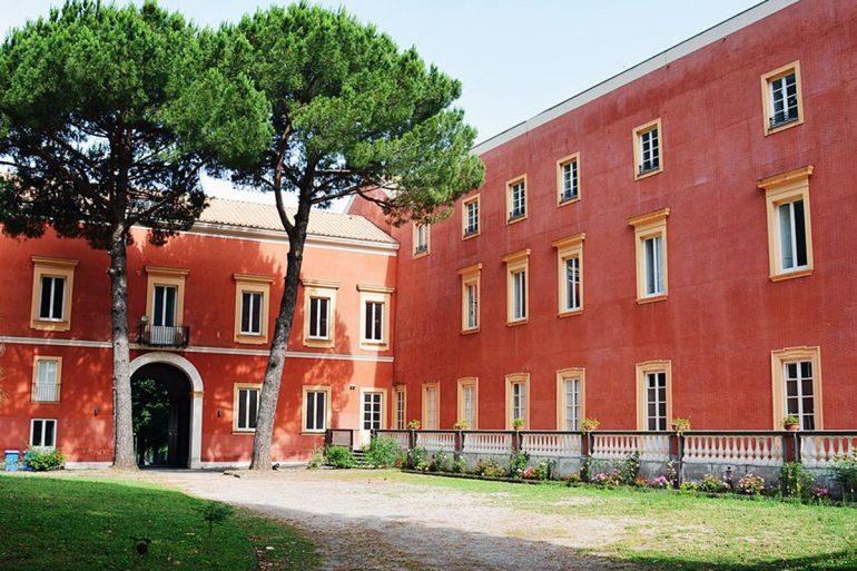 Uno splendido museo archeologico: la Reggia borbonica di Quisisana a Castellammare di Stabia a cura di Lucio Sandon